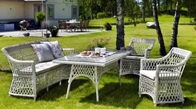 Изображение мебели из ротанга для сада и беседки
