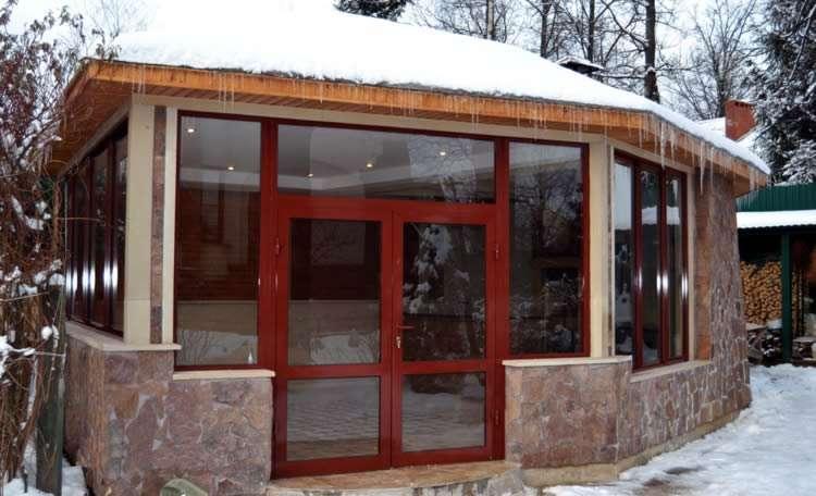 Зимние беседки: с мангалом, с камином, для дачи