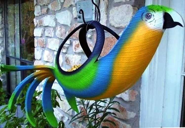 Птица из шин