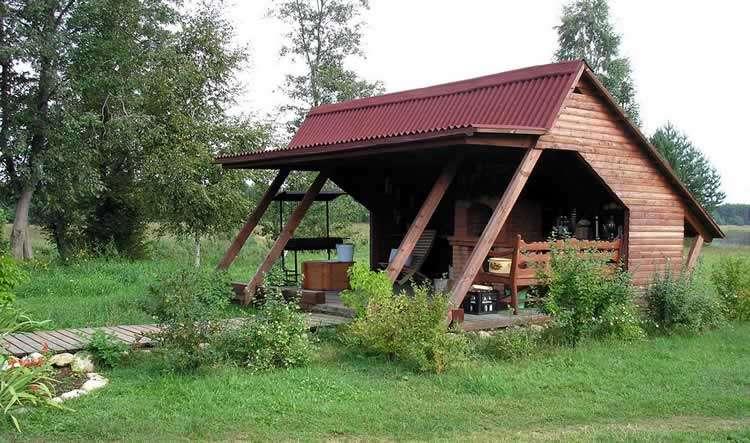 Оформление летней кухни на даче