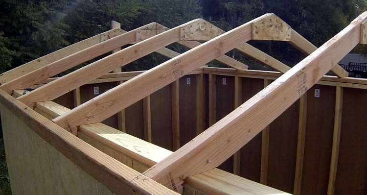 Сборка двускатной крыши