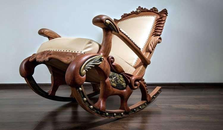Элегантное кресло-качалка