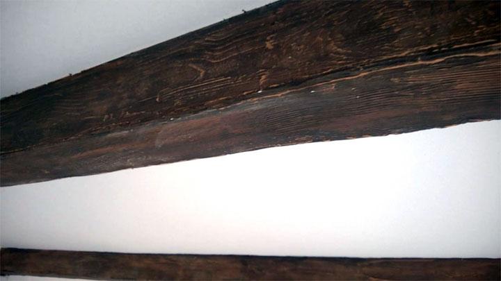 Деревянная балка