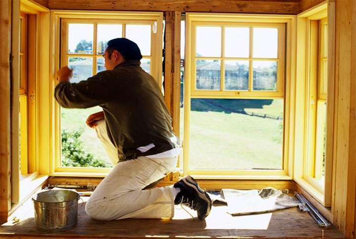 Лакирование деревянных оконных рам
