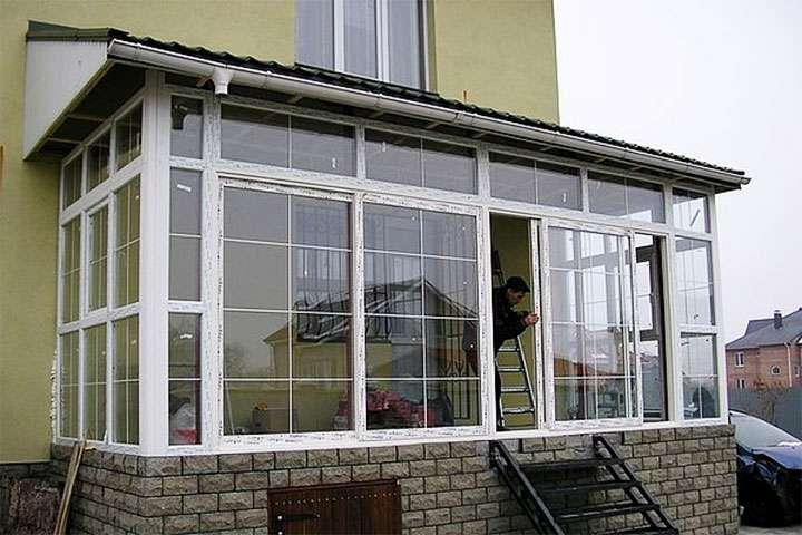 Веранда с пластиковыми окнами
