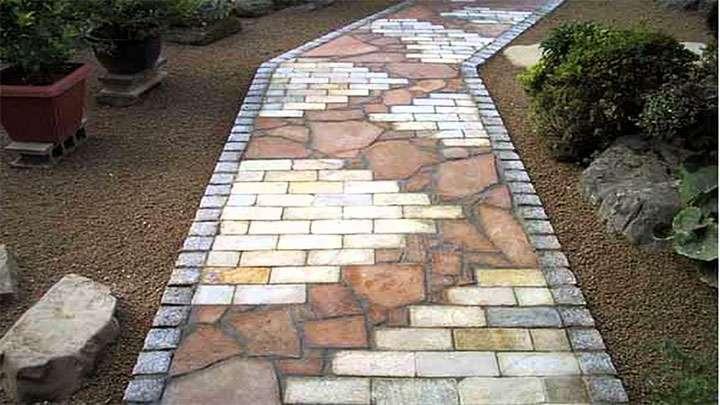 Использование разных видов камня для обустройства дорожки