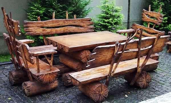 Садовая мебель из старых брёвен