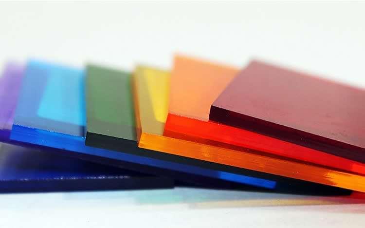 Различная цветовая гамма сотового поликарбоната