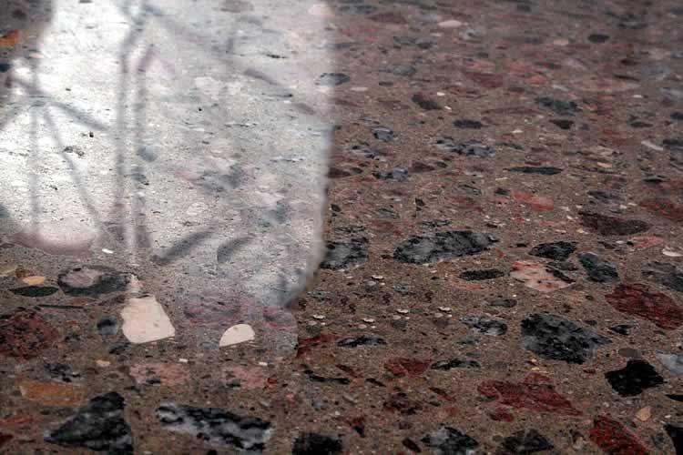 Отполированный бетонный пол