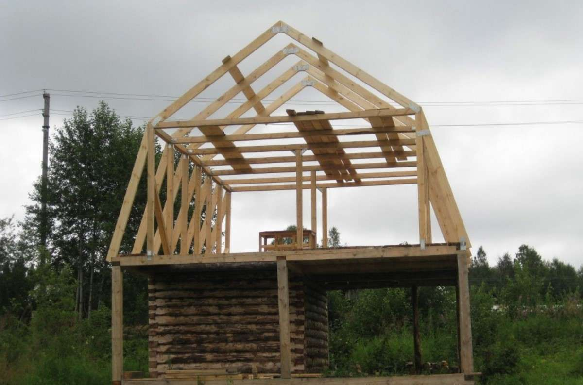 Как правильно выставить стропила на двухскатную крышу