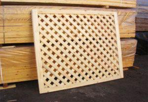 Деревянная решетка для декорирования беседки