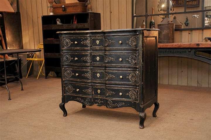 Антикварная мебель