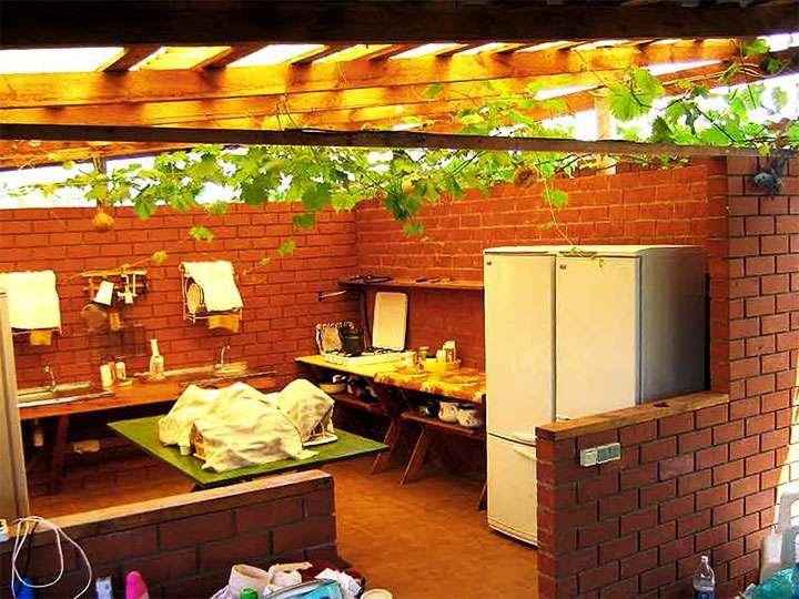 Вариант летней кухни