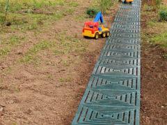 Садовые дорожки из пластика – модульные, рулонные, декинг