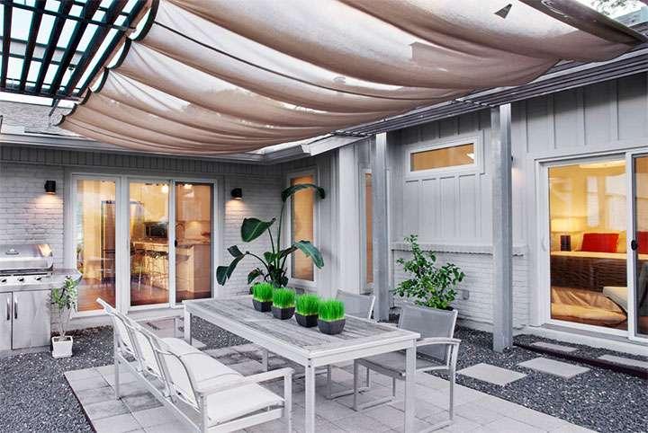 Веранда с тканевым потолком