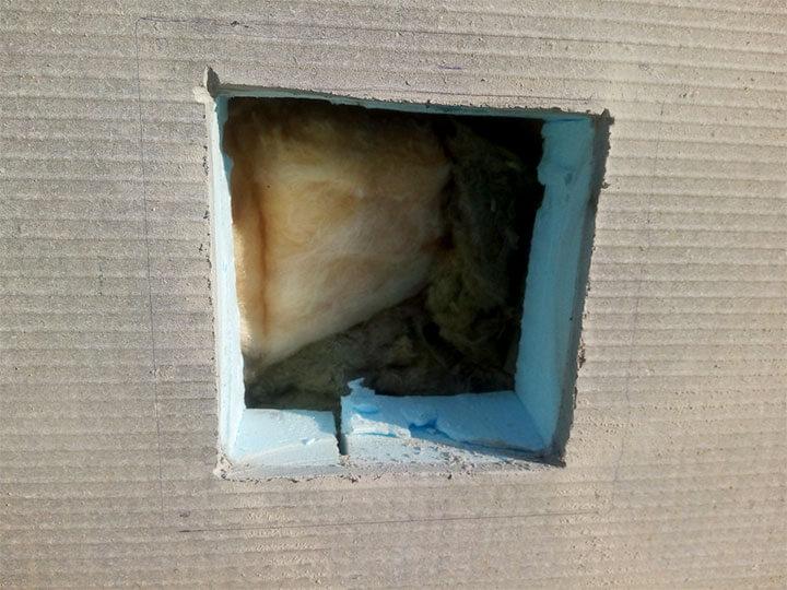 Обустройство вентиляционного отверстия в цоколе