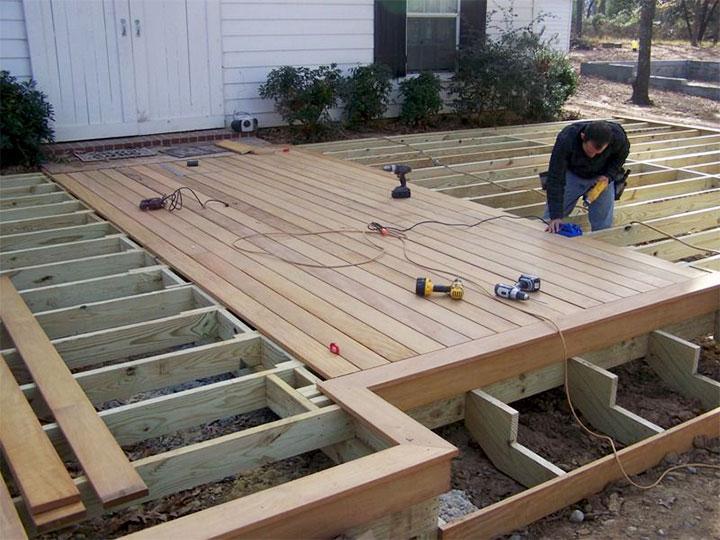 Монтаж деревянного пола для пристройки